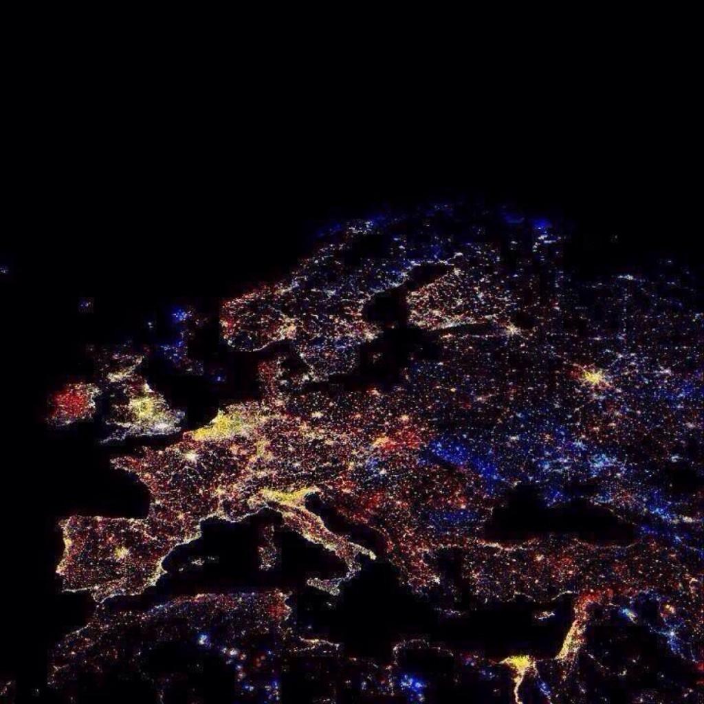 Ночная Евопа из космоса NASA