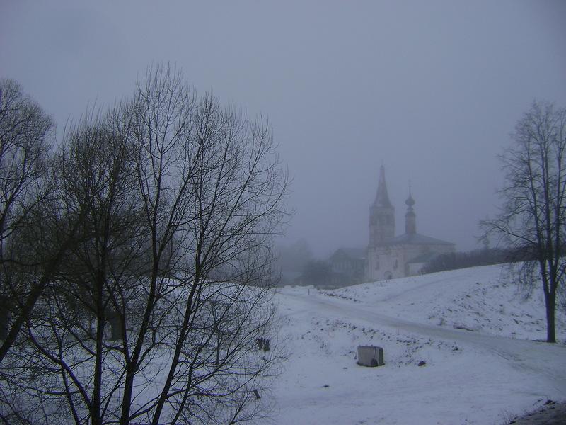 одна из достопримечательностей Суздаля Богородице-Рождественский монастырь