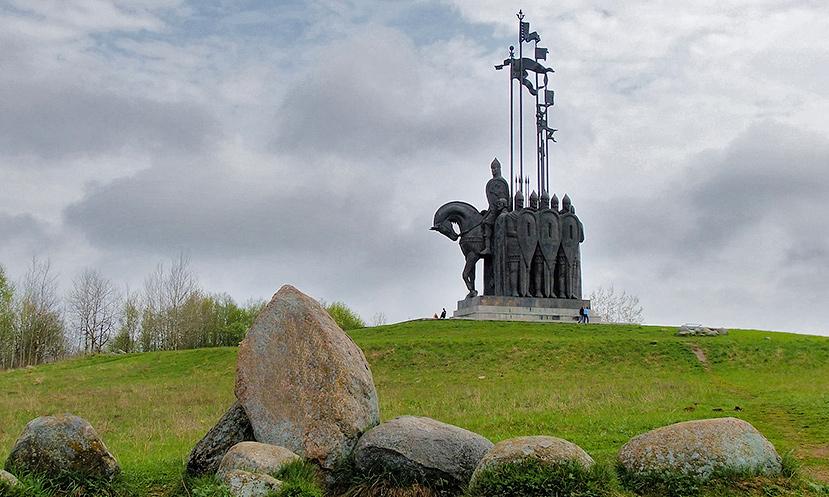 Псков памятник Александру Невскому
