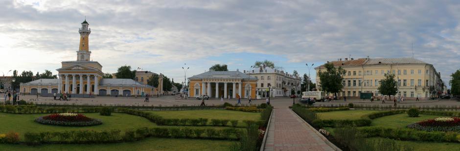 Панорама сусанинской площади в Костроме