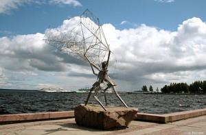 Петрозаводск, памятник Рыбаки на Онежской набережной